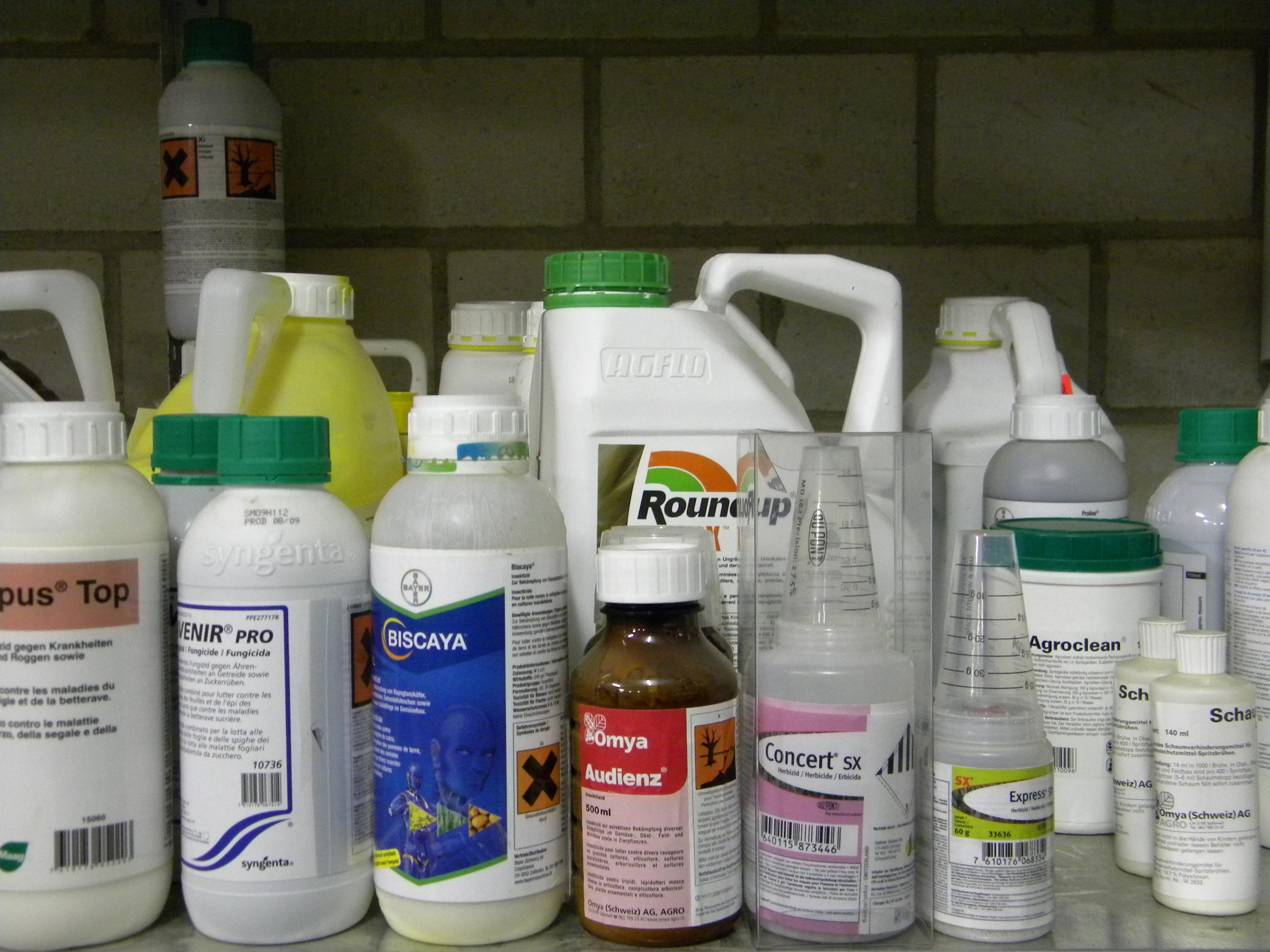 Pflanzenschutzmittel-Lager aufräumen und Inventarisieren für die Planung im Winter